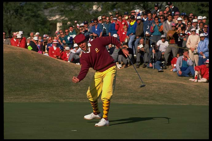 This putt made Payne Stewart $260,000 richer at the 1991 Skins Game.