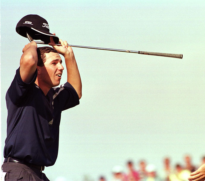 Sergio Garcia celebrates chipping in on the eighth hole to win a $50,000 skin during the first day of the 1999 Skins Game at the Landmark Country Club in Indio, Calif.
