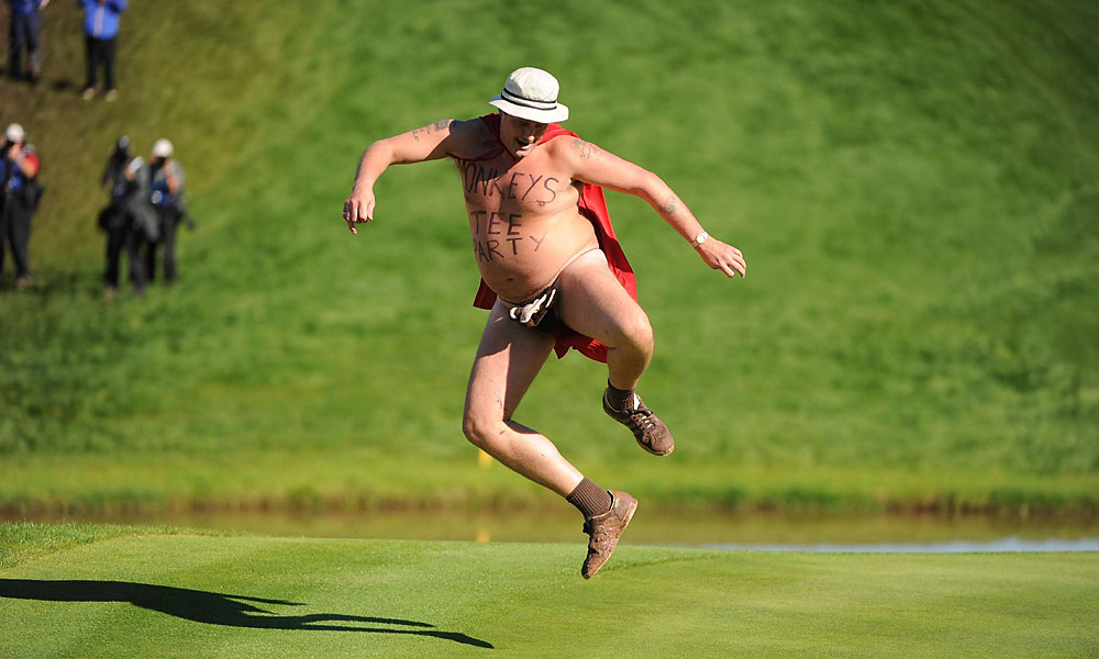 2010 Ryder Cup at Celtic Manor: Despite the distraction, Donald halved the hole and won the match, 1 up.