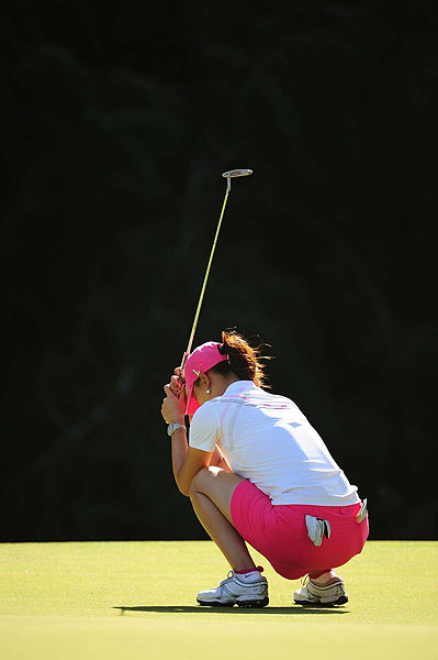 Wie struggled with missed greens (18 missed, T35th, nine more than Stanford) and hitting fairways (28 of 42, T67th).