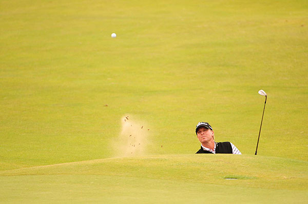 Steve Stricker followed Thursday's 66 with a 77 on Friday. He made the cut by a shot at three over.