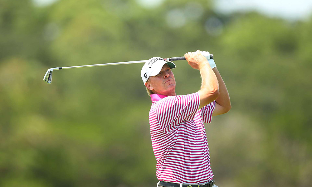 Steve Stricker (captain's pick)                     World Ranking: 12                     Previous Teams: 2008, 2010                     Career Record: 3-3-1