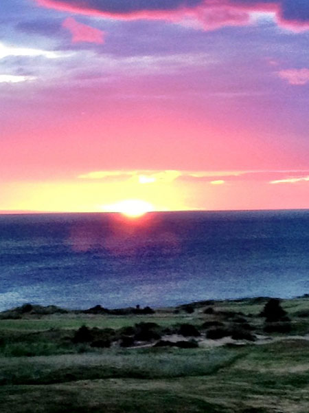 "Golf Magazine editor Eamon Lynch was one of the lucky few who got a tee time at the debut of Cabot Links in Nova Scotia. Check out his tweets and photos from his round. ""@eamonlynch: Sunset at Cabot Links, Nova Scotia."""