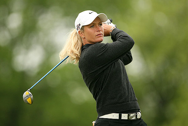 Suzann Pettersen made six birdies on the front nine. She's three strokes behind Alfredsson.