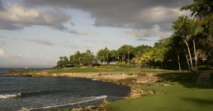 46. Casa de Campo (Teeth of the Dog)                     La Romana, Dominican Republic                     More Top 100 Courses in the World: 100-76 75-5150-2625-1