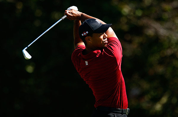 Tiger Woods won the third round of the FedEx Cup playoffs by a commanding eight strokes.