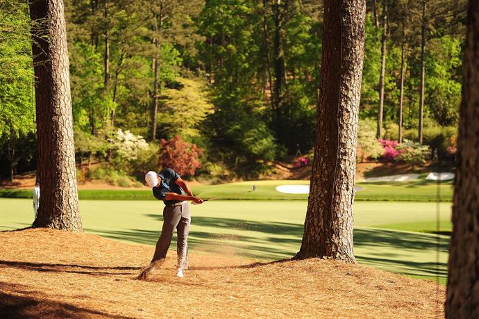 Woods also birdied the par-5 13th.