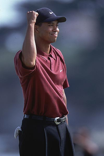 No. 3: 2000 U.S. Open                     Tiger won his country's national championship for the first time in 2000. He won by the largest margin ever in a major -- 15 strokes.