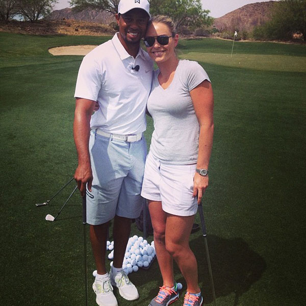 @lindseyvonn: Little golf lesson from a great teacher at Tiger Jam :) @twfoundation #vegas #tigerjam