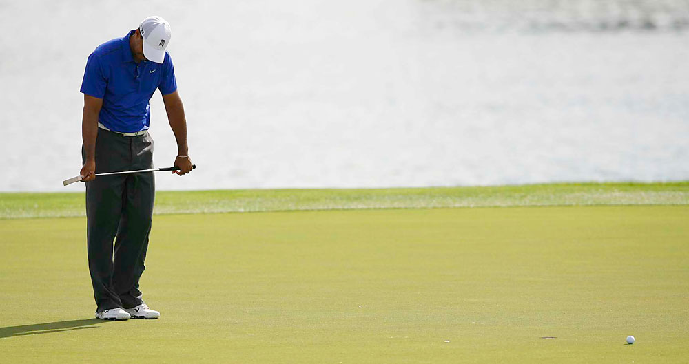 Once again, Woods missed a couple of short putts.
