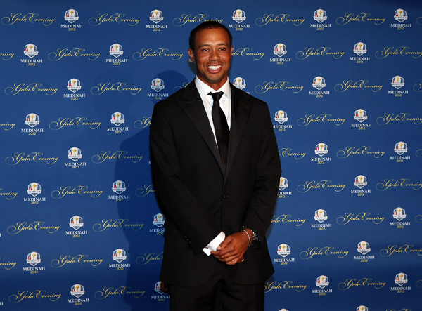 Tiger Woods was one of several players who went solo.