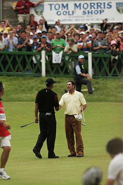 """Jose Maria Olazabal                       2005 British Open, Old Course at St. Andrews                       Started: Two behind Woods                       Finished: Tied for third                       after a 74                       Woods' score: 70                       Key stat: Woods had only                       one three-putt all week, on                       the 12th hole Friday, but he'd                       driven the green so he made                       par anyway.                       Where it all went                       wrong: Olazabal trailed by                       only two strokes after 11,                       but a bogey on 12 ended                       his chances.                       Telling comment: """"It's                       hard but I don't think it's                       impossible,"""" Olazabal said of                       catching Woods. """"But it's                       close to impossible."""""""