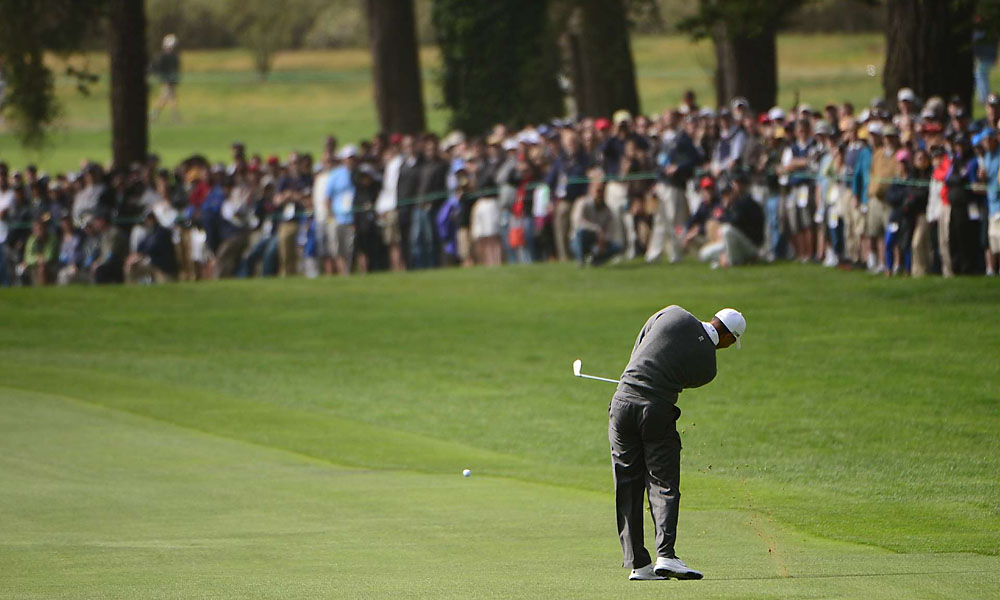 Woods was in control of his game en route to a one-under 69.