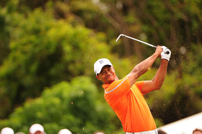 Woods made an eagle, three birdies and three bogeys for a two-under 70.