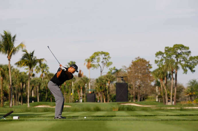 Woods' round was undone by a double bogey on the par-3 17th.