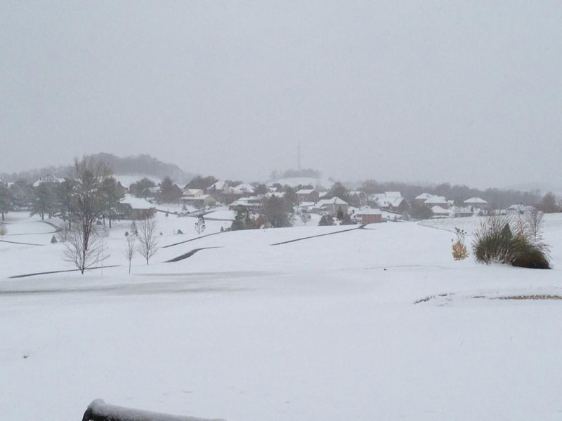 "Sandy dumped heavy snow on Glenrochie Country Club in Abingdon, Va.: ""@JacobSpott: Thanks #sandy for the snow @GlenrochieCC SW Virginia @RobinMeade #boringday on the golf course"""