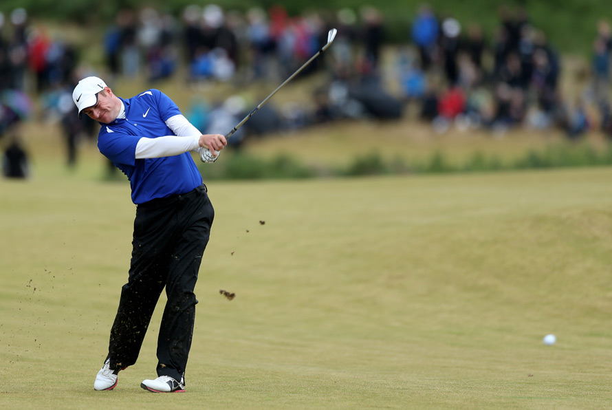 Scotland's Marc Warren had a chance to win his national open, but he played the last four holes in four over par.