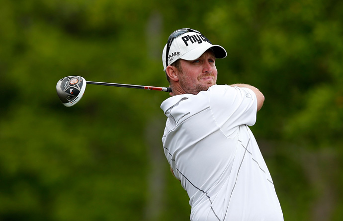 Steve Wheatcroft dropped out of the lead with a bogey on 18.