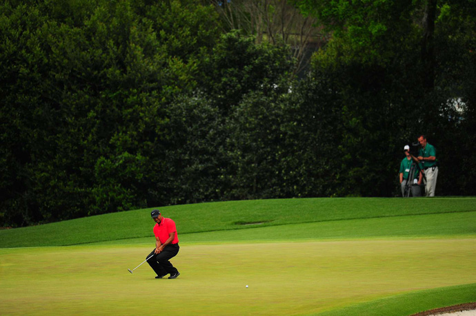 Woods struggled on the front nine with two bogeys and a birdie.