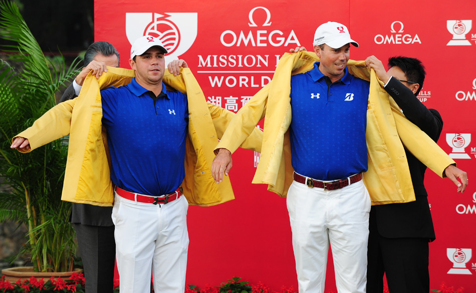 Gary Woodland, left, and Matt Kuchar earned matching coats at the 2011 World Cup in China.