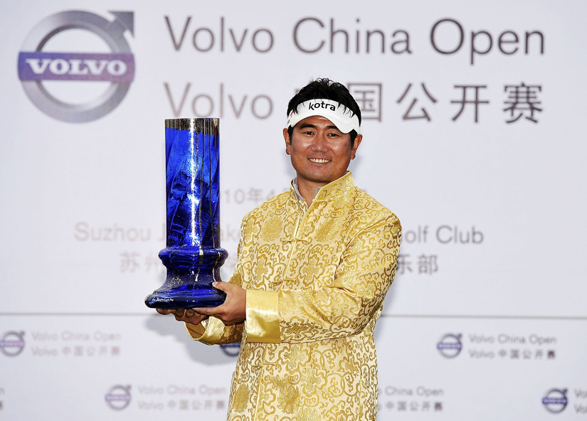 The Volvo China Open has a local take on the gold blazer. Y.E. Yang won there in 2010.