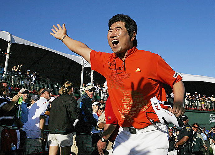 South Korea's Y.E. Yang picked up his first PGA Tour victory at the 2009 Honda Classic and celebrated by working the fans at PGA National into a frenzy.