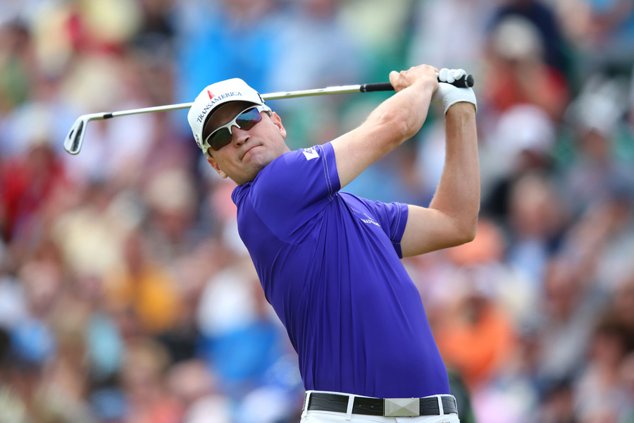 Zach Johnson moved into contention with a four-under 66.