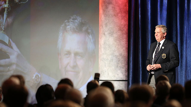 Colin Montgomerie addressing the audience at his Hall of Fame induction in 2013.