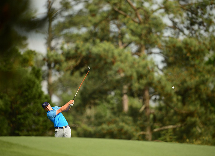 Jordan Spieth had a phenomenal first round, nearly tying the Augusta National course record with an eight-under 64.