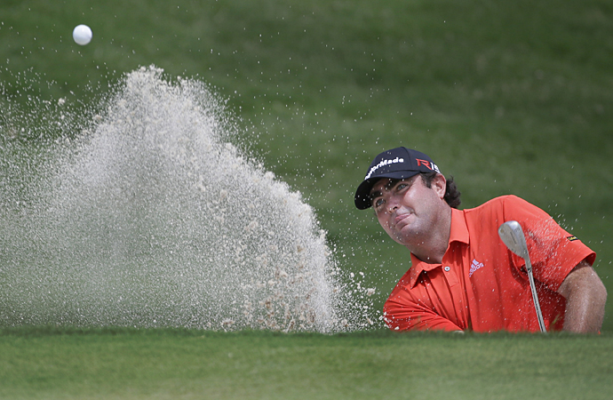 Steven Bowditch took the first-round lead with a bogey-free 62.
