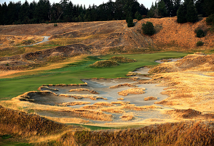 A closer look at the 7th Hole, Chambers Bay