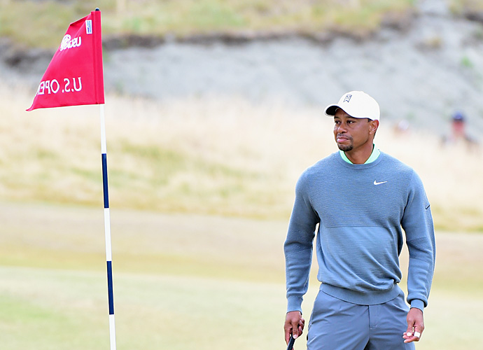 Expectations are low for Tiger Woods this week at Chambers Bay due to his poor play in 2015.