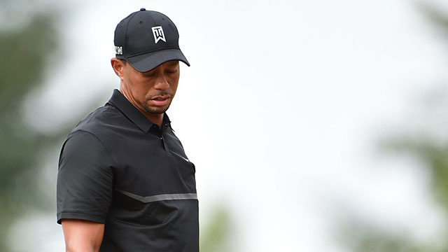 Tiger Woods struggled throughout his opening round at the U.S. Open.