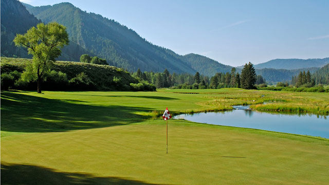 The ninth hole at Tom Weiskopf's Snake River Sporting Club in Jackson Hole.
