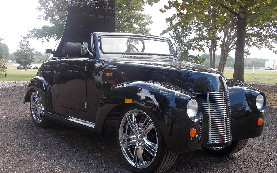 2015 Black 39 Roadster Golf Cart