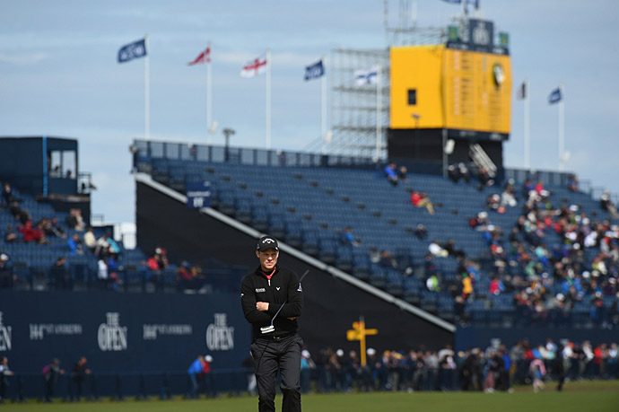 Danny Willett fired a three-under 69 after the rain delay to take the early lead in the second round at St. Andrews.