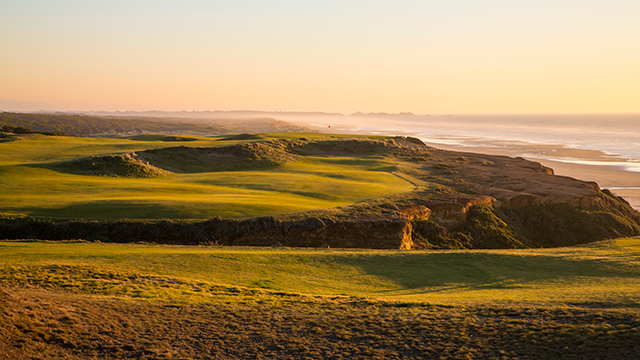 Bandon Dunes was designed by David McLay Kidd in 1999.