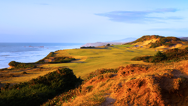 Pacific Dunes was designed by Tom Doak in 2002. He also designed the resort's Old Macdonald course in 2010.