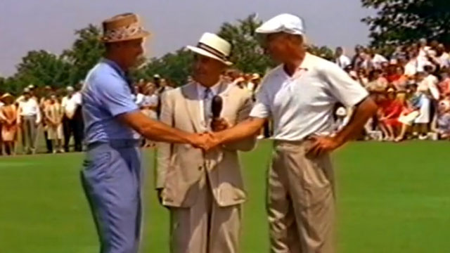 A third golf great—Gene Sarazen, center—was on hand to report on the match.