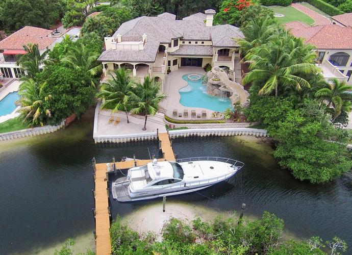 Dustin Johnson S 4 95 Million Waterfront Home Golf Com
