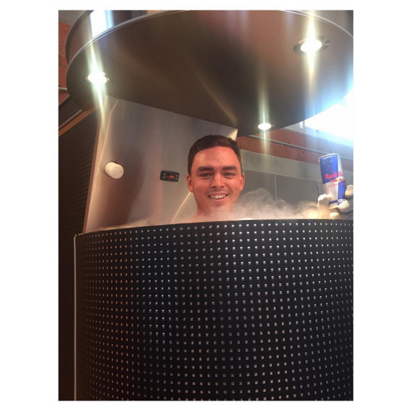 My jet lag recovery for today... Cryosauna and a @RedBull