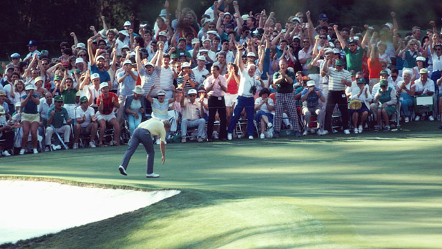 Jack Nicklaus holes his putt at the 1986 U.S Masters.
