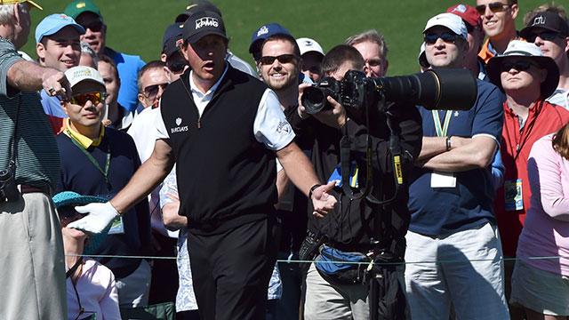 Phil Mickelson managed a 72 on an up-and-down Round 1.