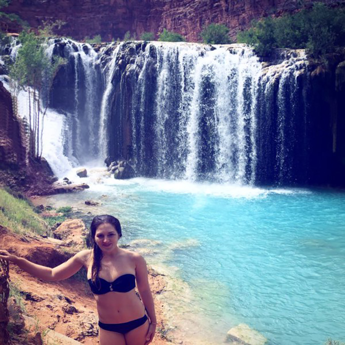 After hours of driving through nothingness with no reception, a heli ride and a hike, we found the gem. #HavasuFalls