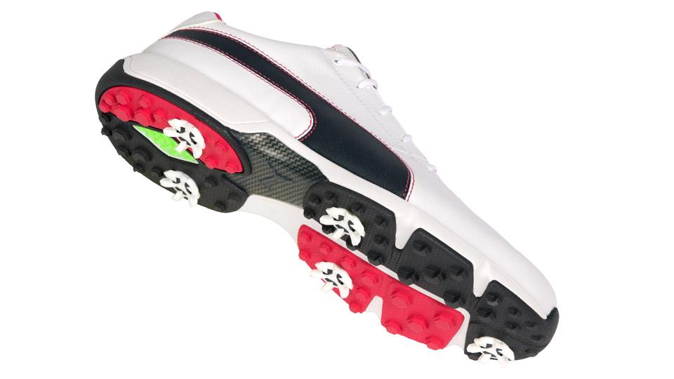 A closer look at the Puma IGNITE Drive golf shoes.