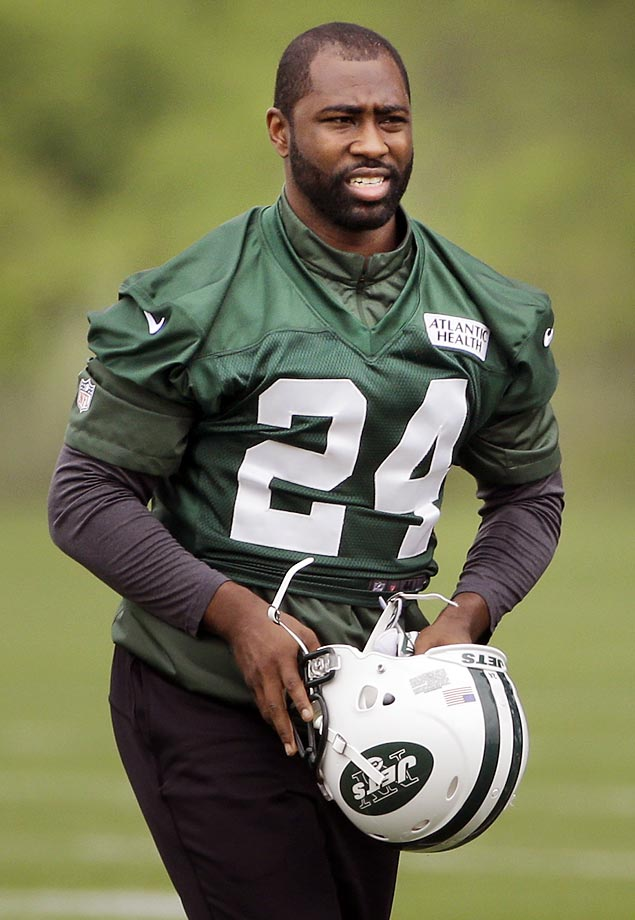 Darrelle Revis might have a hard time figuring out which team he wants to play for, but he has no issues locking down the receiver across from him. Revis, who turns 30 in July, remains one of the top corners in the game and will likely end up in the Pro Football Hall of Fame. Honorable mention: Muhammad Wilkerson, Sheldon Richardson.