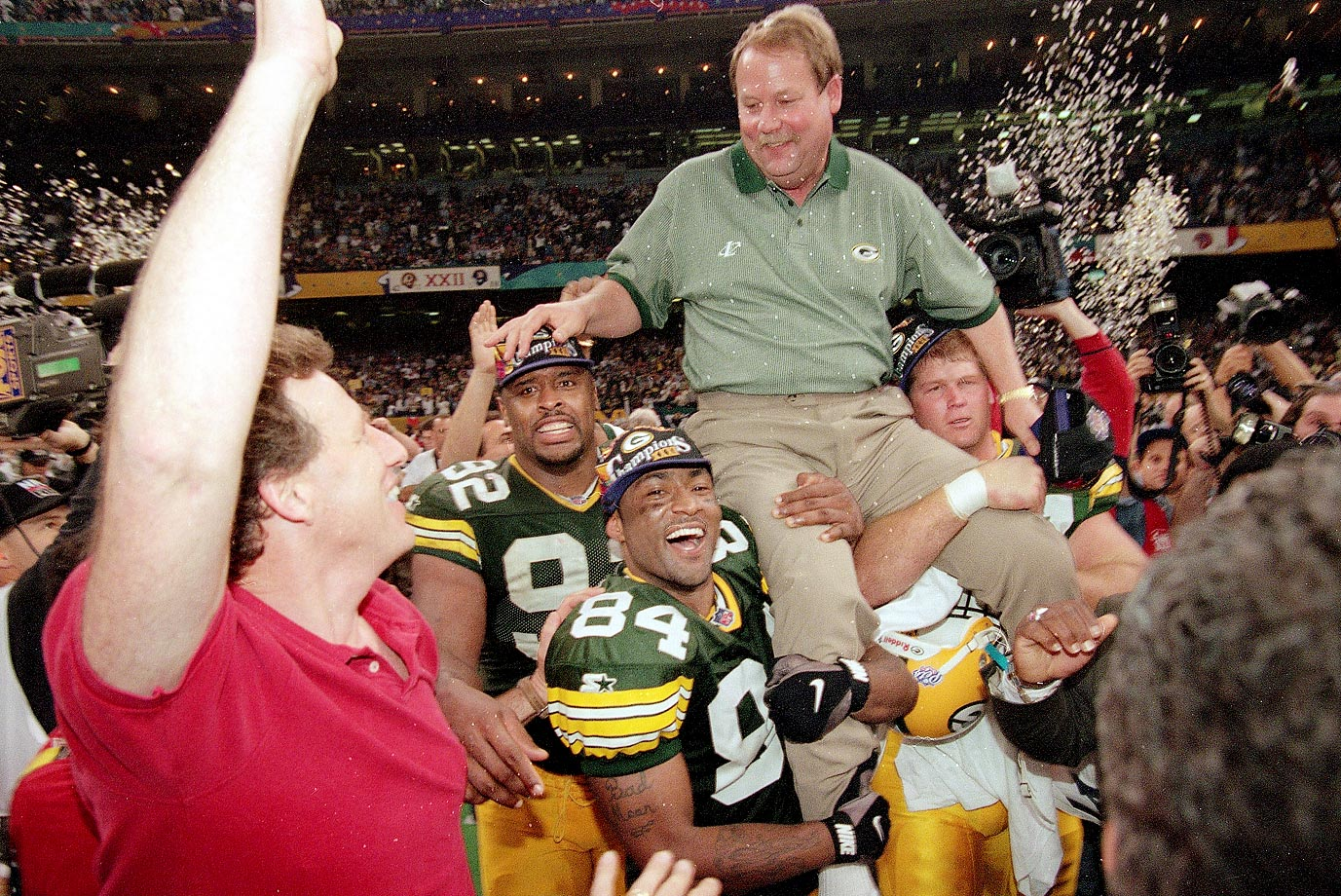 Holmgren's tenure in Green Bay was one for the ages. From 1992 to '98, Holmgren ruled the Packers to a 75-37 record and two Super Bowl appearances, including one victory in 1996. However, he left the Packers after the 1998 season in favor of the Seahawks' blockbuster offer to be both GM and coach. His eight-year contract initially gave Holmgren absolute power over the franchise; and he repaid that confidence with a playoff berth in 1999, his first full season in Seattle. Six years later, after being stripped of his GM duties, Holmgren led the Seahawks to their one and only Super Bowl appearance.