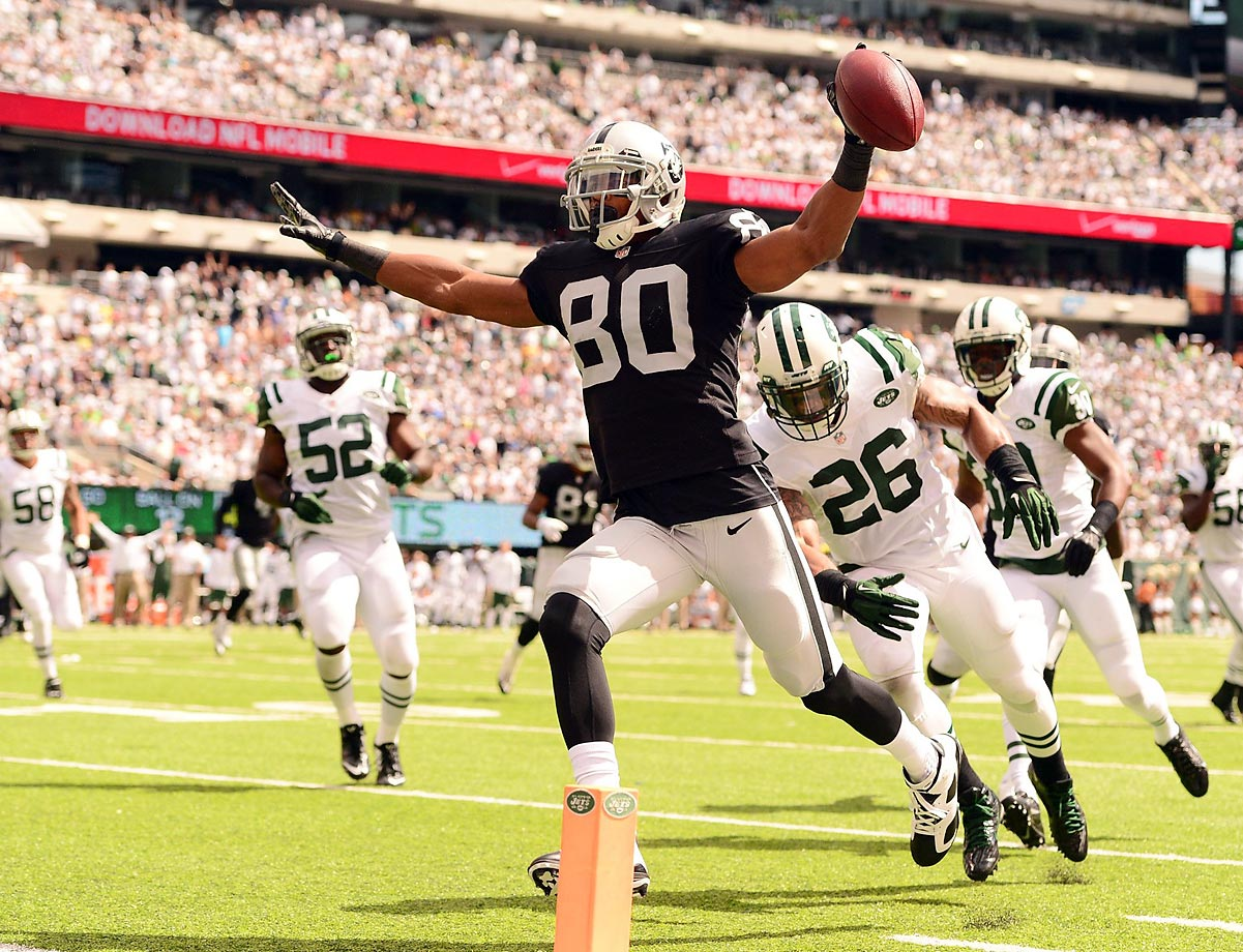 Wide receiver Rod Streater gives the Raiders a brief 7-3 lead over the Jets.