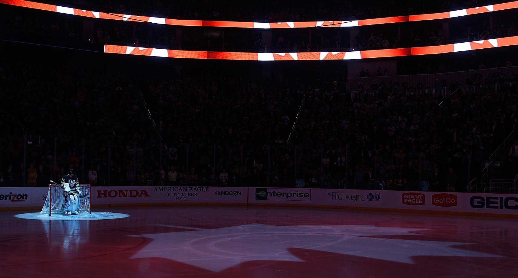 The Flyers took on the Penguins at Pittsburgh's Consol Energy Center on Oct. 22, the Canadian National Anthem was performed in honor of the Ottawa shooting victims. O Canada is not usually played before games between two American-based teams.