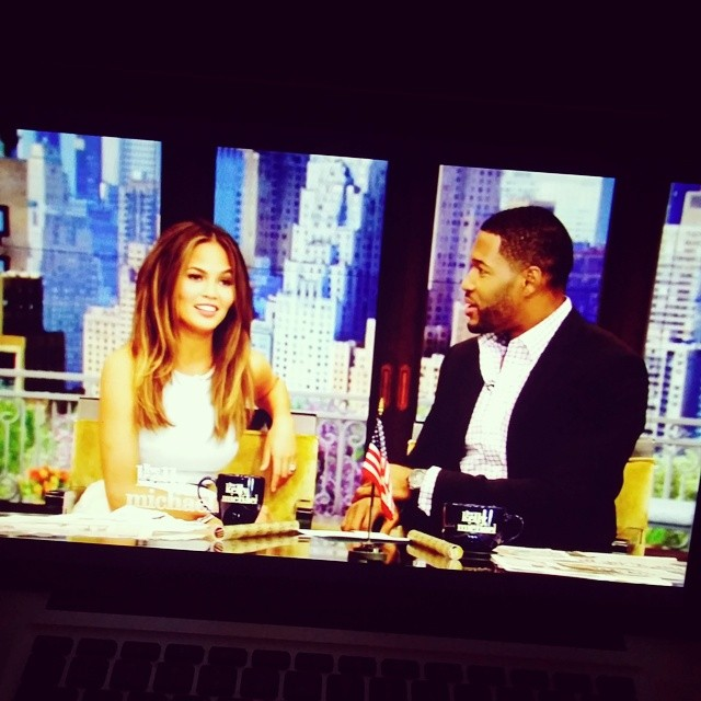 Look who's hosting Kelly & Michael today! @chrissyteigen